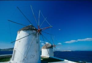 Wind_mills_Mykonos2_540