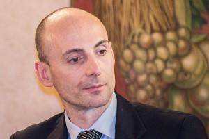 Dr Nicola Casarini